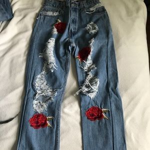 Levis rose patch denim